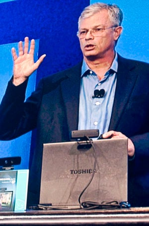 Intel's David Perlmutter demonstrating gestural recognition at the Intel Developers Forum
