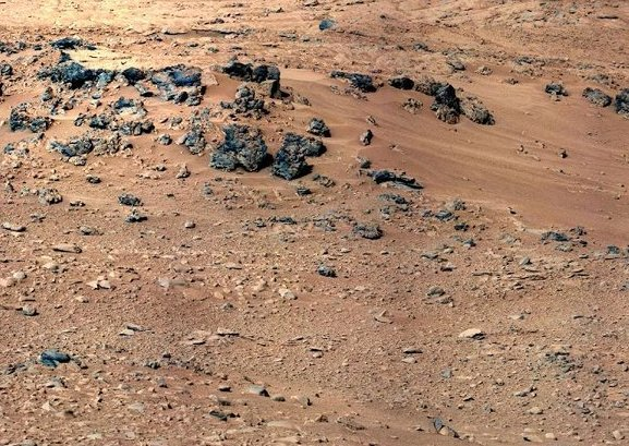 Rocknest, site of Curiosity's first soil sample