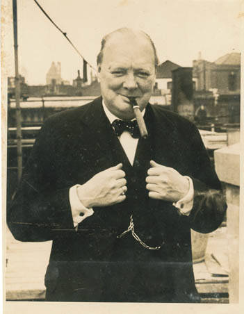 Churchill on the roof of the Evening Standard building, 1938; Reference: Nemon Papers, NEMO 5/3; credit Churchill Archive