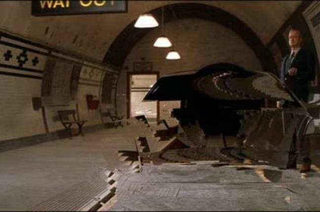 Die Another Day invisible Aston