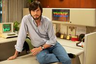 First official pic of Ashton Kutcher as Steve Jobs