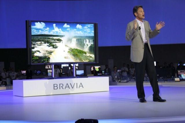 Sony's Kaz Hirai shows off 4K TV