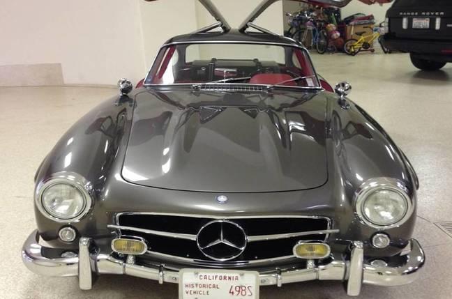 Mercedes Gull-wing car