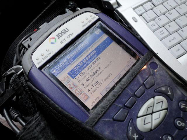 JDSU HST-3000 handheld tester