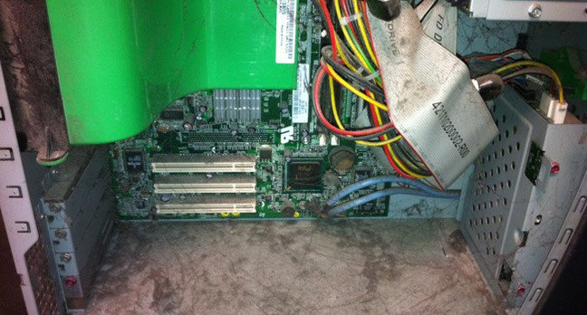 Server Room Ventilation : How to build a server room back basics the register