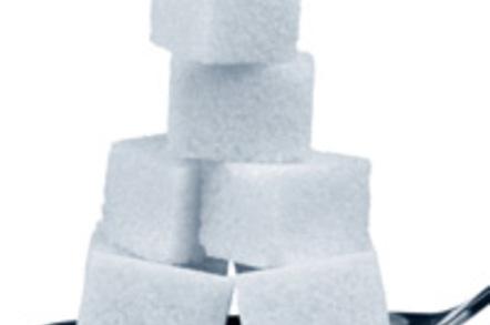 Teaspoon with lumps of sugar