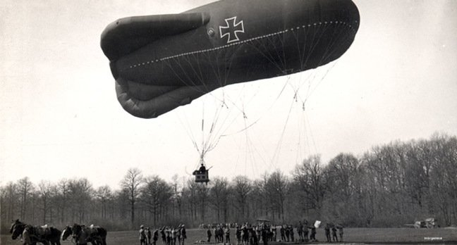 A German Type Ae 800 observation balloon