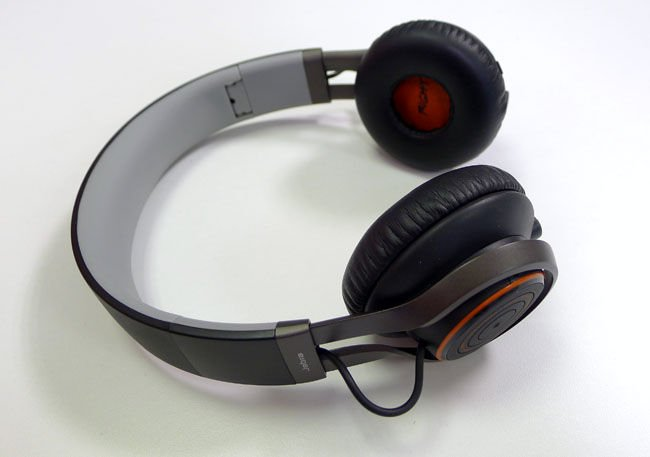 Review Jabra Revo Wireless Headphones The Register