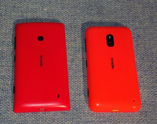 The Nokia Lumia 520 (left) and 620 (right)