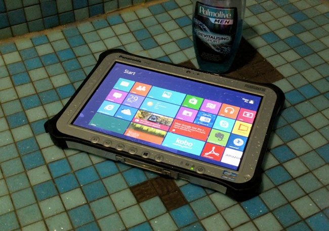 Panasonic Toughpad FZ-G1 in the shower