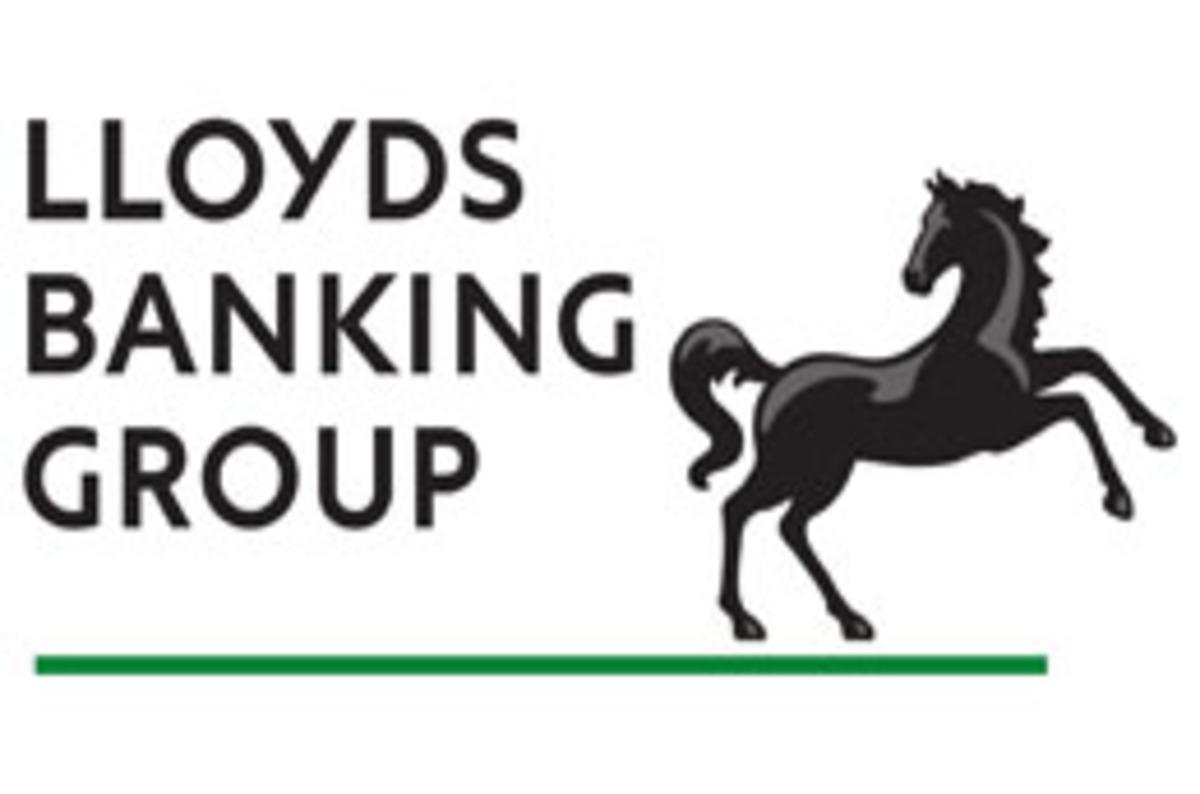 Lloyds Group probes server crash behind ATM, cash card