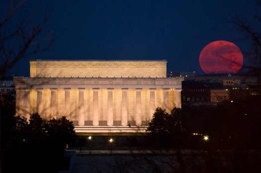 Supermoon over Washington in 2011