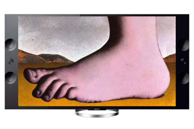 Monty Python foot UHDTV