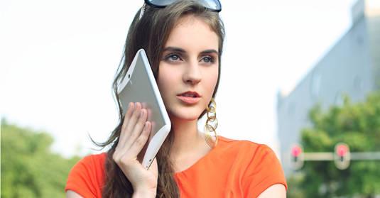 Huawei MediaPad 7 Vogue in use