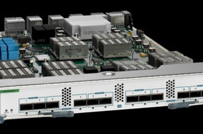 The 12-port F3 100G line card for the Nexus 7700 switches