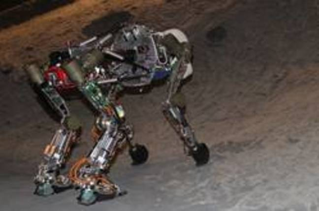 iStruct ape-like robot