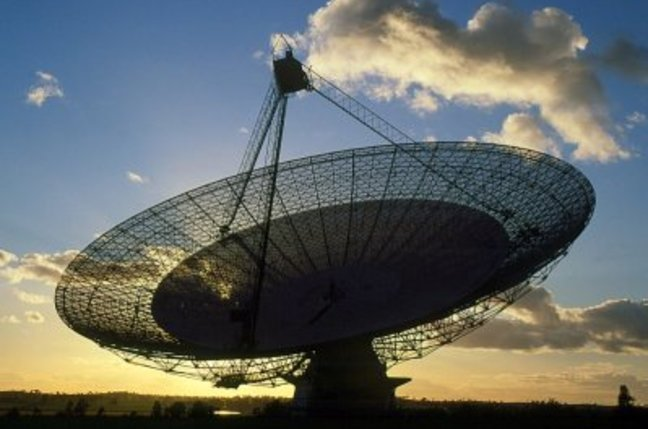Famous 'Dish' radio telescope to be emptied in budget ...