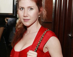 Speaking in Tech: Forget Venezuela, Snowden. Go to Anna Chapman's pad! • The Register - anna_chapman_again
