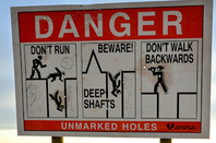Coober Pedy warning sign