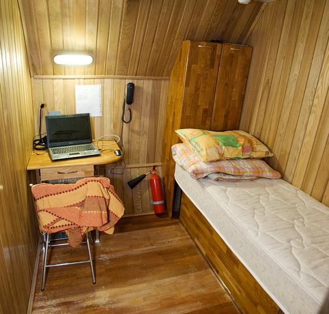 Mars 500 sleeping quarters, photo IBMP/Oleg Voloshin
