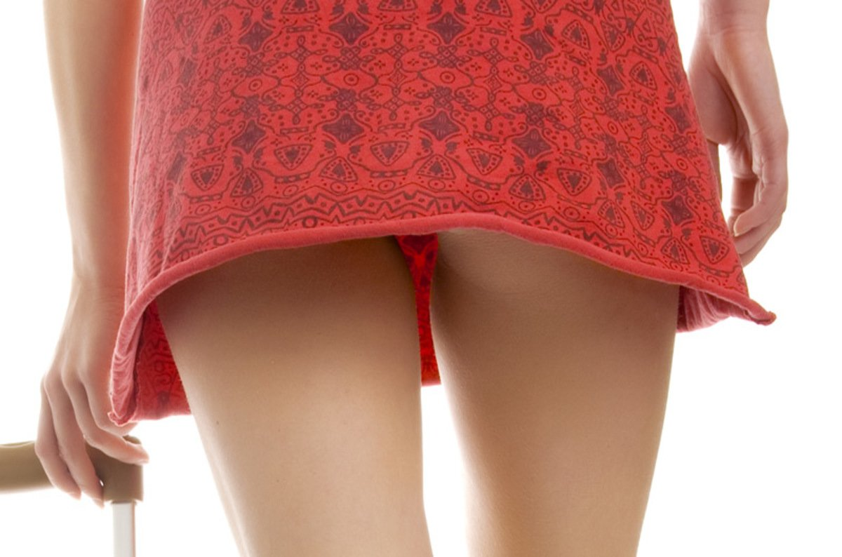 Peeping Tom Upskirt Pictures 38