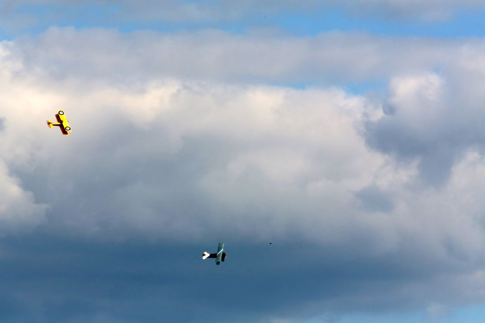 rc ww1 biplanes with Drone Plane Madness With Canon on LaDtSEBbYV4 as well Watch furthermore 4breltimobir together with Nieuport 10 biplane  RC model additionally Drone plane madness with canon.