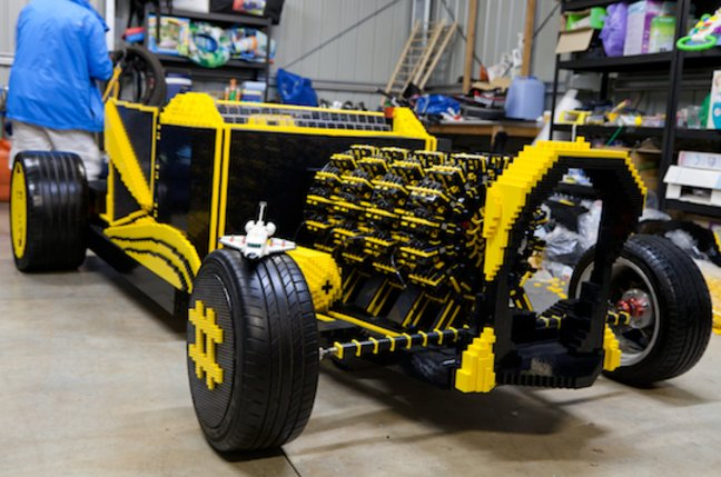 Air-powered LEGO car