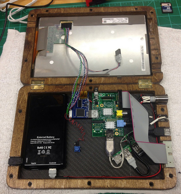 An internal view of the finished PiPad