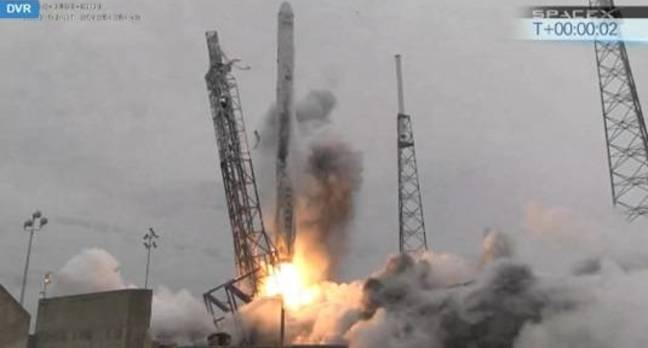 SpaceX launches CRS-3