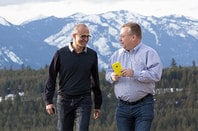 Photo of Satya Nadella and Stephen Elop