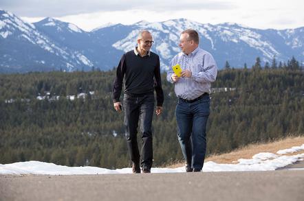 Elop and Nadella, photo: Microsoft