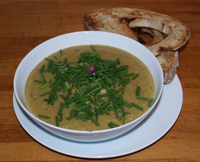 Neil's 'London Particular' split pea soup