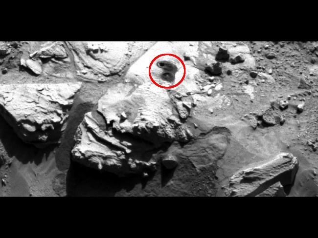 Sample-collection drill hole on Martian sandstone target 'Windjana'