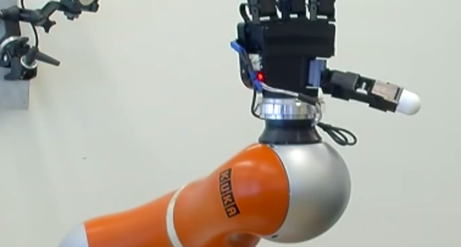 Robot catching arm