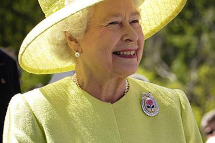 Her Majesty Queen Elizabeth II, aged 81, of the United Kingdom. Photo taken during a visit in NASA's Goddard Space Flight Center. Greenbelt, Maryland, USA