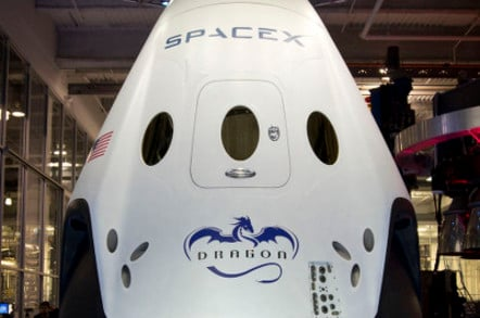 SpaceX seven-seater, manned Dragon V2