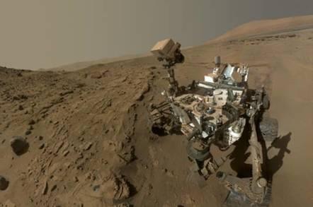 Curiosity looking good on first Martian birthday