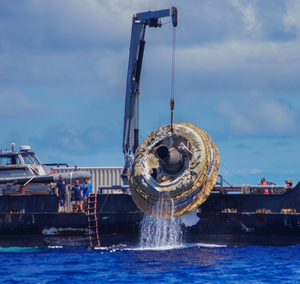 NASA pulls FLYING SAUCER out of Pacific ocean • The Register