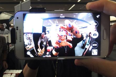 Olloclip Galaxy S5 lens accessory