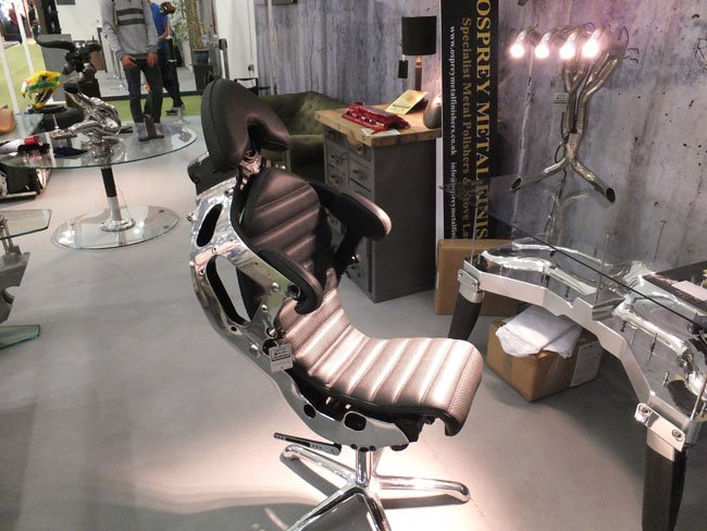 Racing Gold Superbike chair and manifold lamp