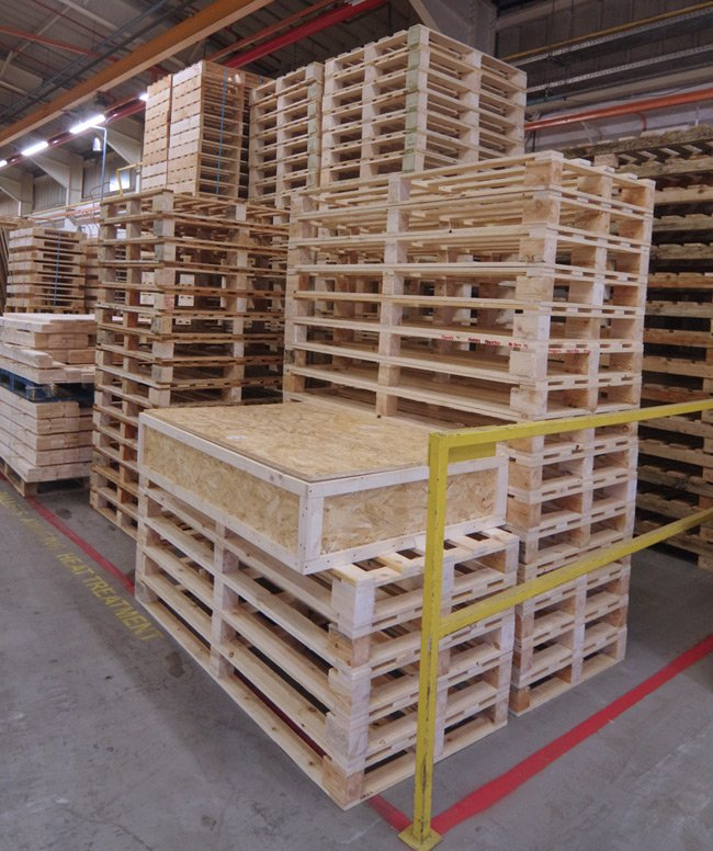 The LOHAN bix with a huge pile of pallets