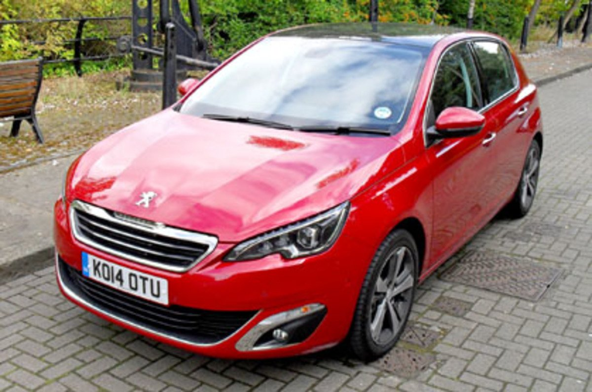 Sporty in all but name: Peugeot 308 e-THP 110 • The Register
