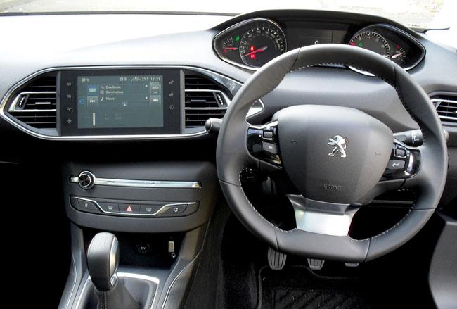 Peugeot 308 e-THP 110