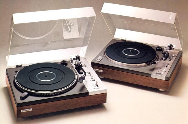 Pioneer PL-510 and PL-117D turntables