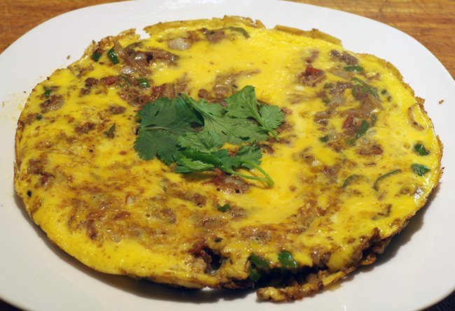 The finished masala omelette