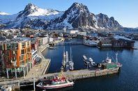 Svolvaer, Vågan Municipality, Austvågøy Island, Lofoten, Nordland County, Norway - photo by Vincent van Zeijst