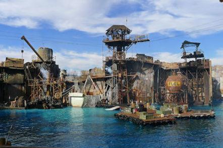 Water World at Universal Studios Los Angeles Credit: Universal Studios