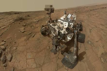 Curiosity selfie as it drills for water
