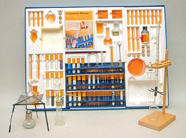 Thomas Salter Chemistry set