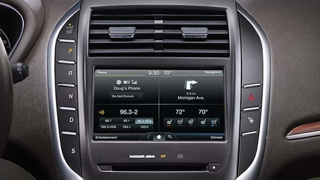 Lincoln's redesigned console